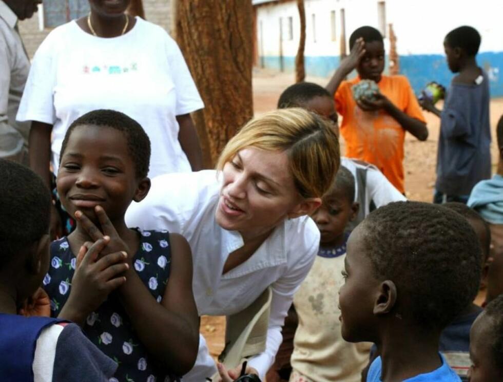 I AFRIKA: Madonna og ektemannen har adoptert David (1) i Malawi