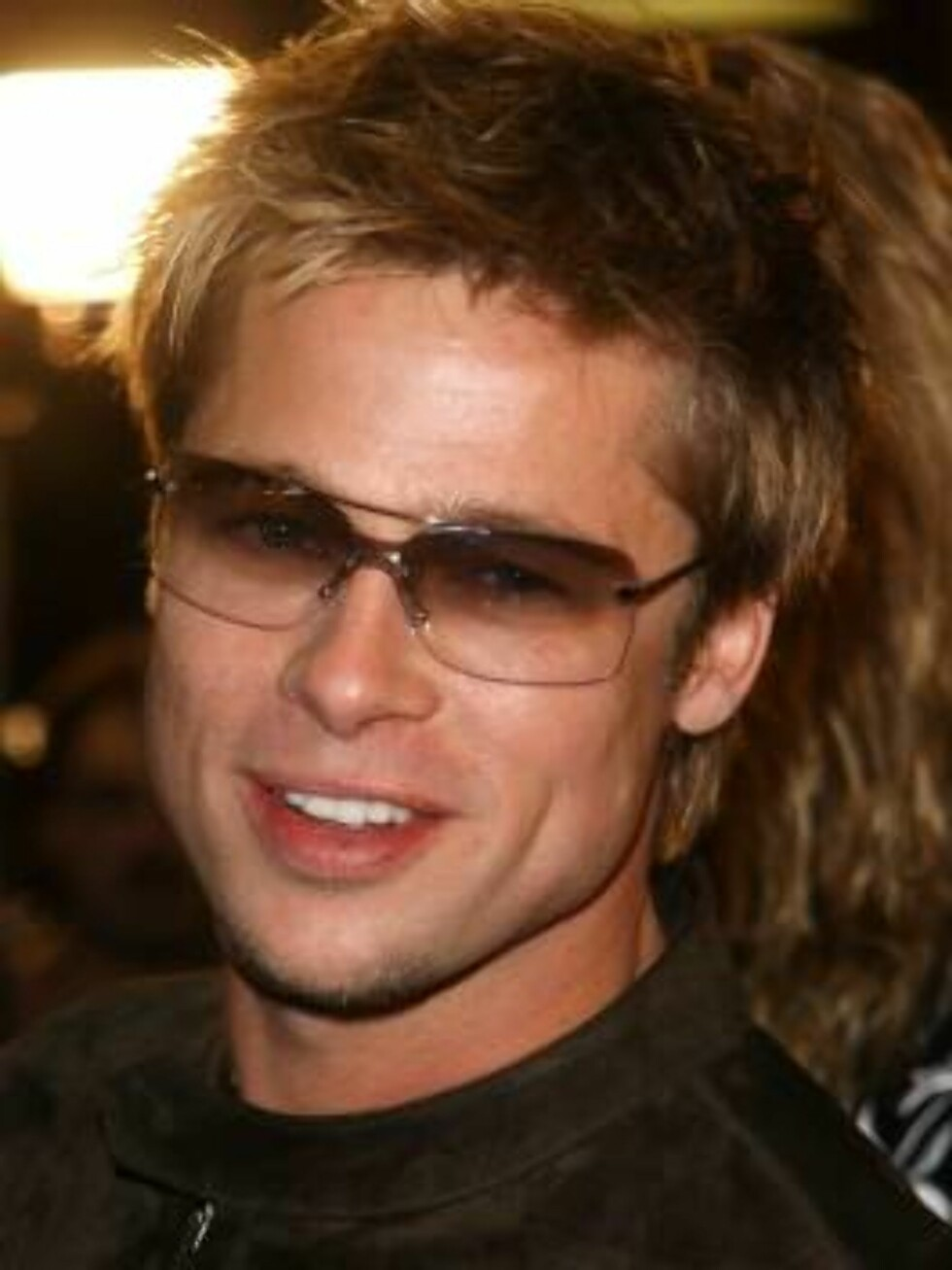 """397391 15:  Actor Brad Pitt attends the premiere of the film """"Spy Game"""" November 19, 2001 in Los Angeles, CA. (Photo by Vince Bucci/Getty Images) All Over Press Foto: All Over Press"""