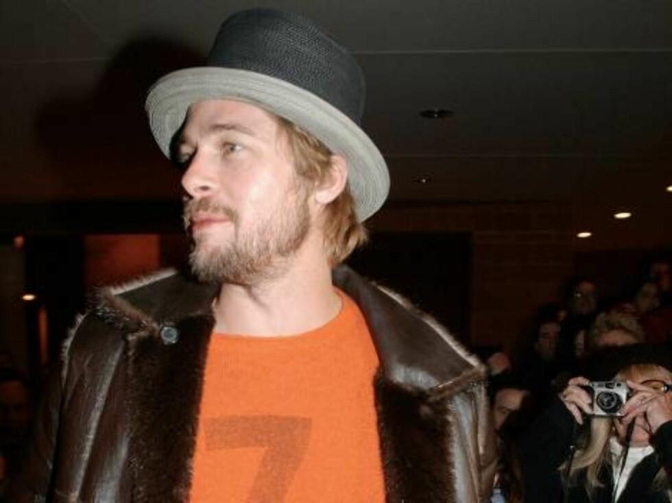 """399564 04:  Actor Brad Pitt attends the premiere of """"The Good Girl"""" January 12, 2002 at the Sundance Film Festival in Park City, UT. (Photo by Darren McCollester/Getty Images) ALL OVER PRESS Foto: All Over Press"""