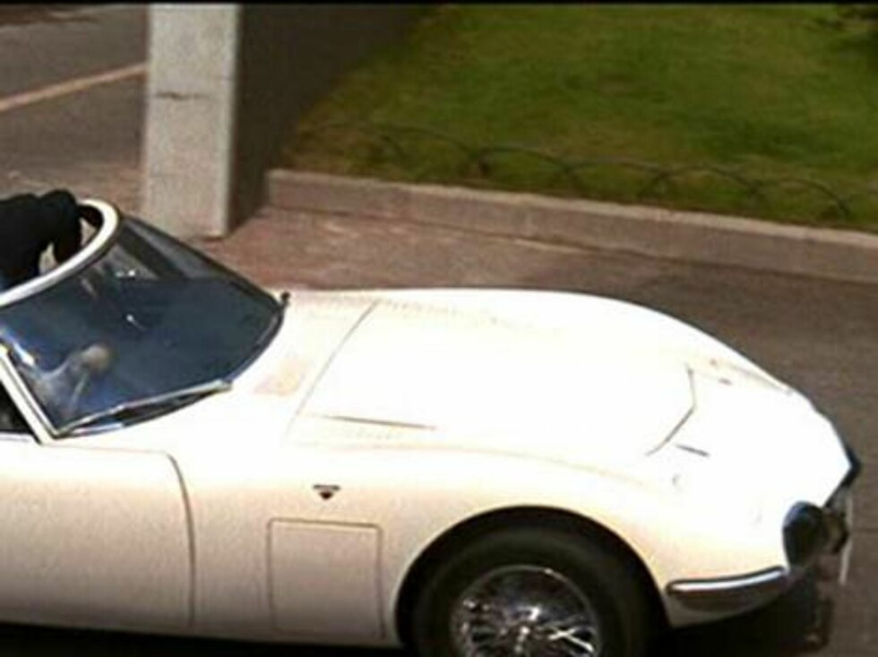 Toyota 2000 GT: You only live twice.