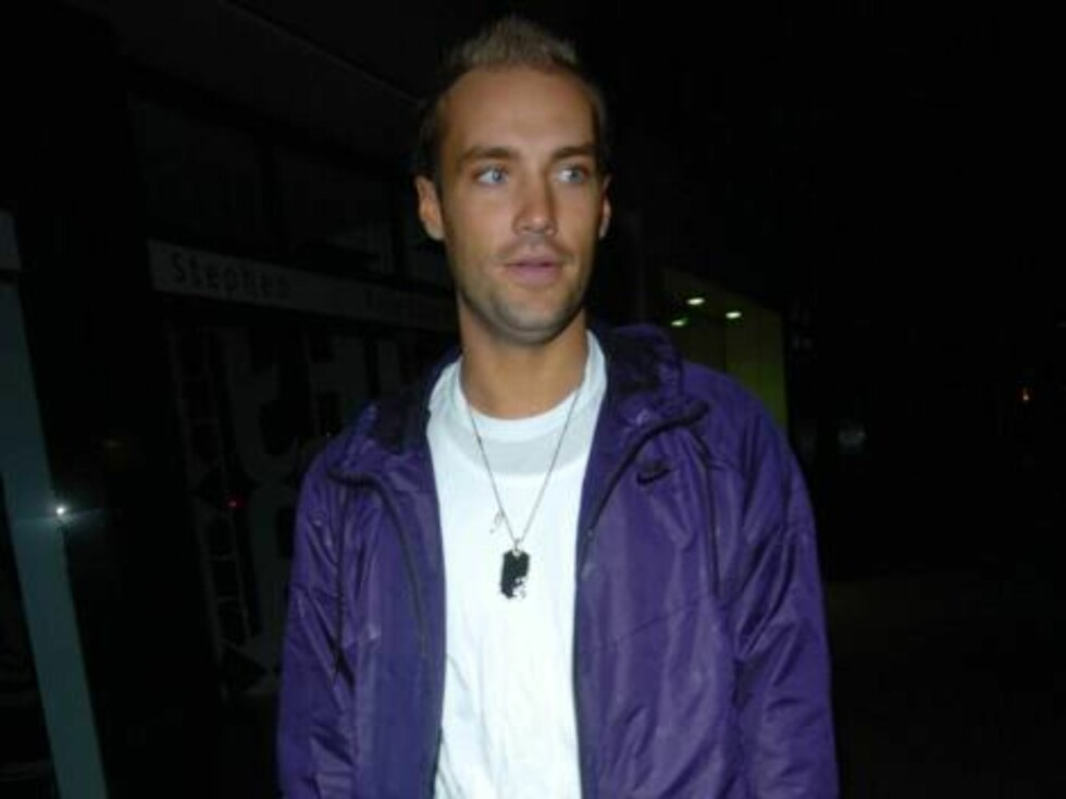 Calum Best at Ashlee Simpson's 22nd birthday party, held at the Embassy club in London, October 11, 2006.  Photo: Charlie Pycraft/YD Image Code: 4028   COPYRIGHT STELLA PICTURES Foto: Stella Pictures