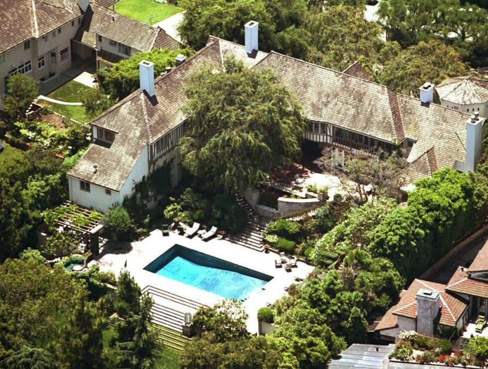 HUS: Dette palasset tilhørte en gang Jennifer og Brad. Det ble solgt for 180 millioner kroner! Foto: All Over Press