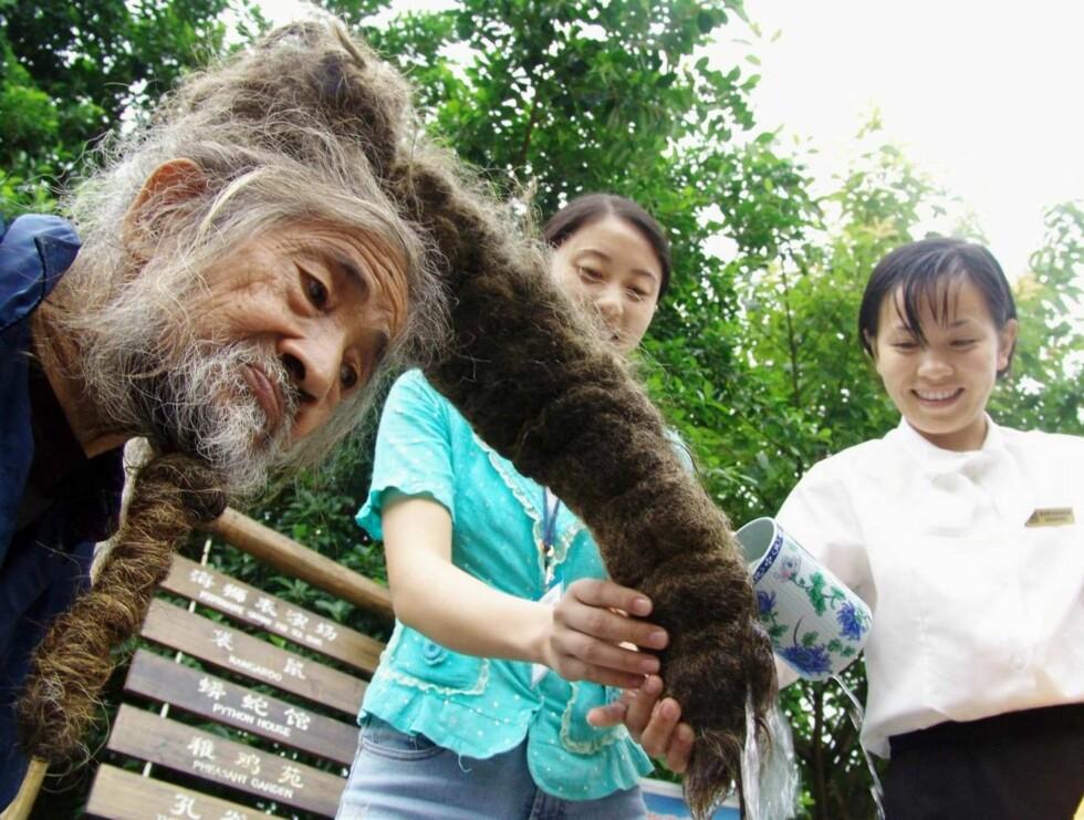 TYKT HÅR: Håret er som en gigantisk rastaflette! Foto: SCANPIX