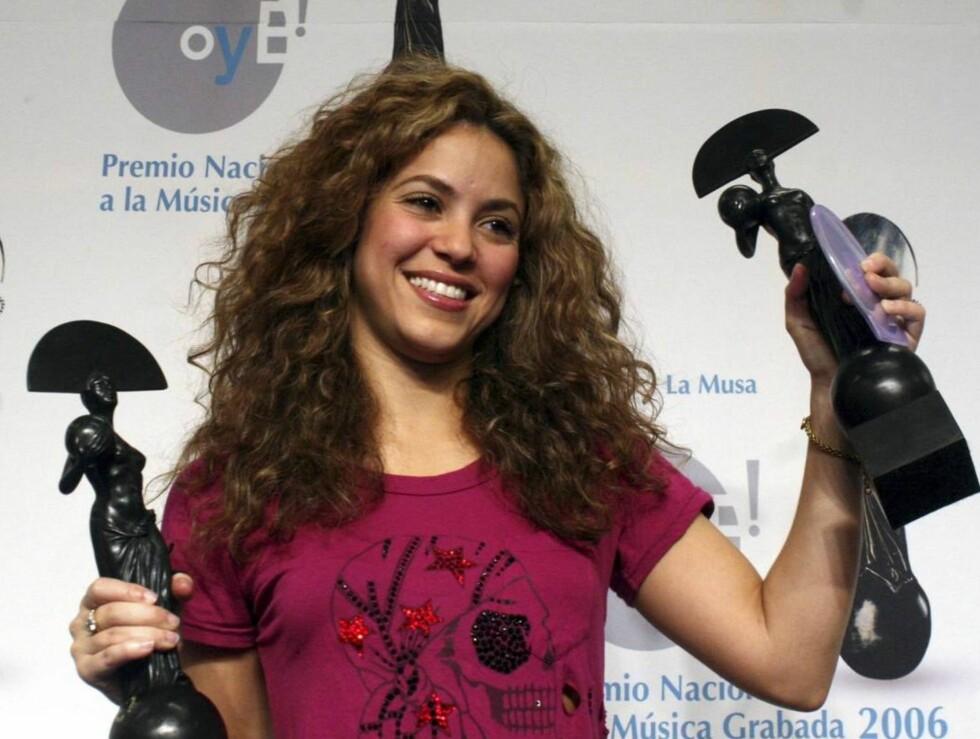 FEM TROFEER: Shakira slo knock out på alle sine konkurrenter. Foto: AP