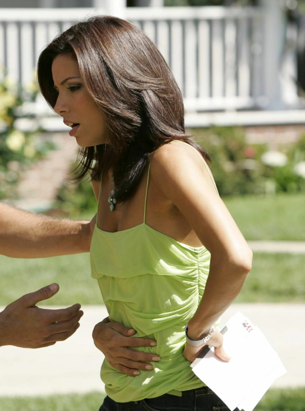 Frustrerte fruer (Desperate Housewives) - Amerikansk dramaserie - Eva Longoria (Gabrielle Solis), Jesse Metcalfe (John) Foto: TV2