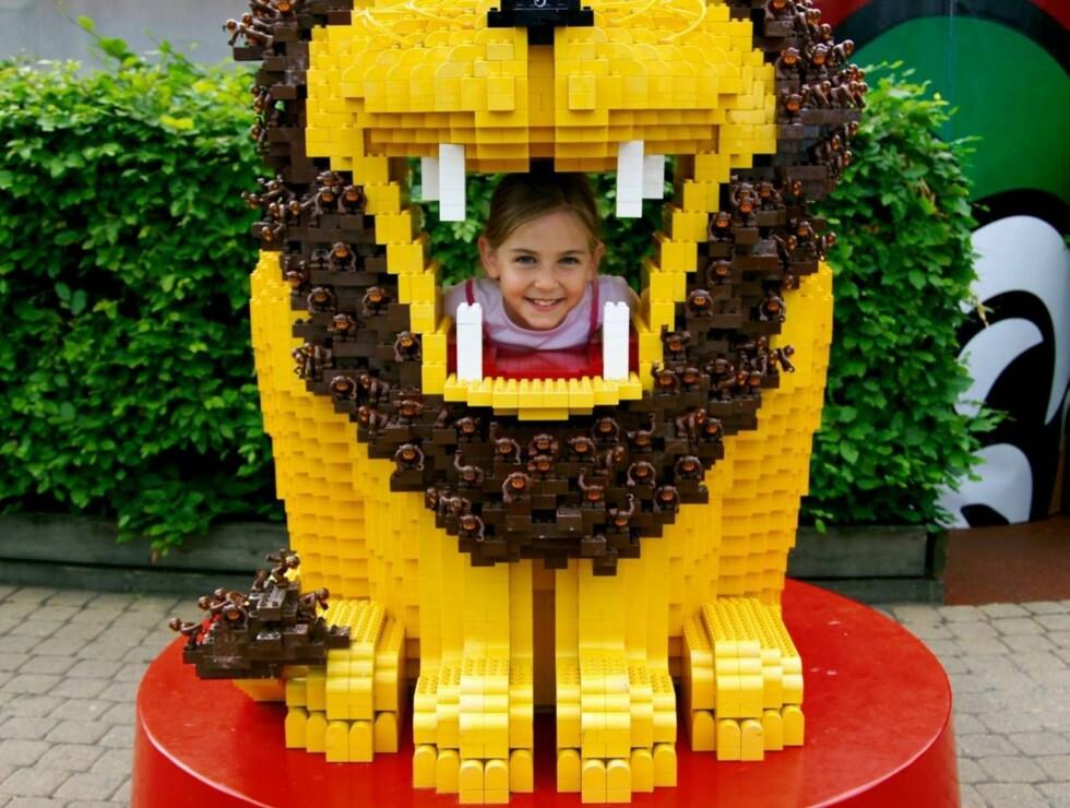 """Et besøk i Legoland er blitt nærmest obligatorisk for besteforeldre på tur med """"gullungene"""" sine."""