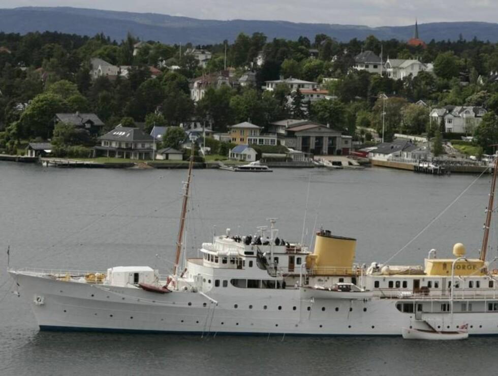 VERDIFULLT SKIP: Kongeskipet Norge er i Kongens eie, i motsetning til Slottet. Foto: SVEND AAGE MADSEN