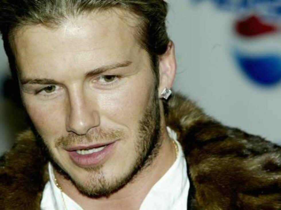 "MADRID, SPAIN - FEBRUARY 26:  David Beckham talks to the media after the Premiere for the new Pepsi Football Commercial ""Pepsi Foot Battle"" at the Palacio Gaviria on February 26, 2004 in Madrid, Spain. (Photo by Clive Brunskill/Getty Images)  / ALL OVER P Foto: All Over Press"
