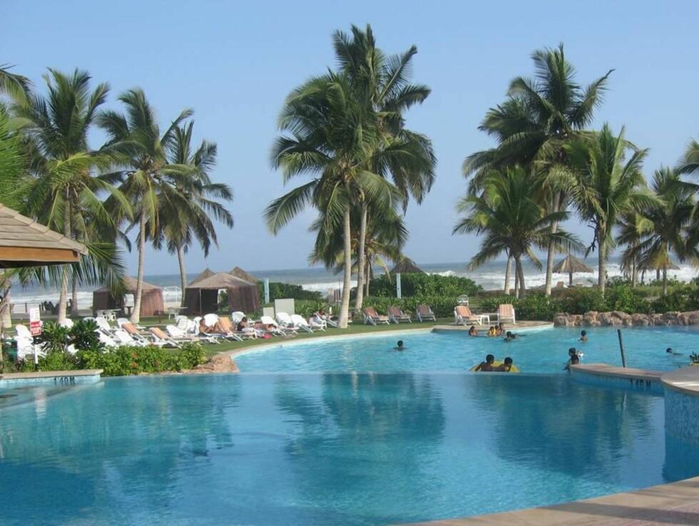 LUKSUSANLEGG: Oman har mange fine hoteller, og er et naturlig mål for en skikkelig jordomseiling. Foto: Se og Hør