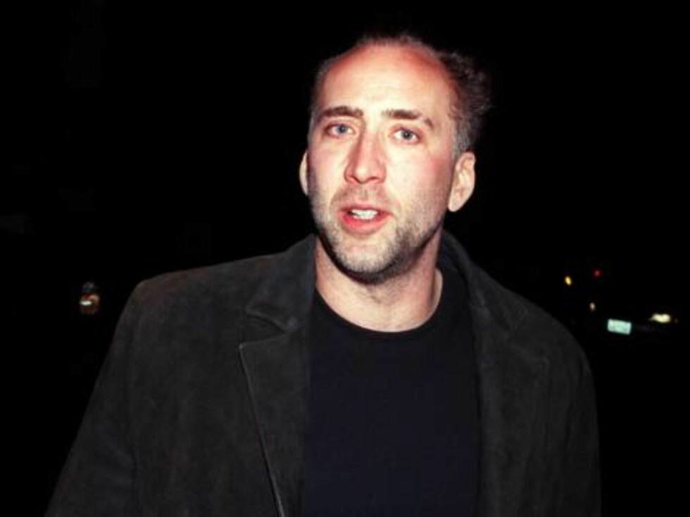 383727 05:  Actor Nicolas Cage is spotted outside the Las Palmas Club December 27, 2000 in Hollywood, CA.  (Photo by Newsmakers) Getty Images/ALL OVER PRESS Foto: All Over Press