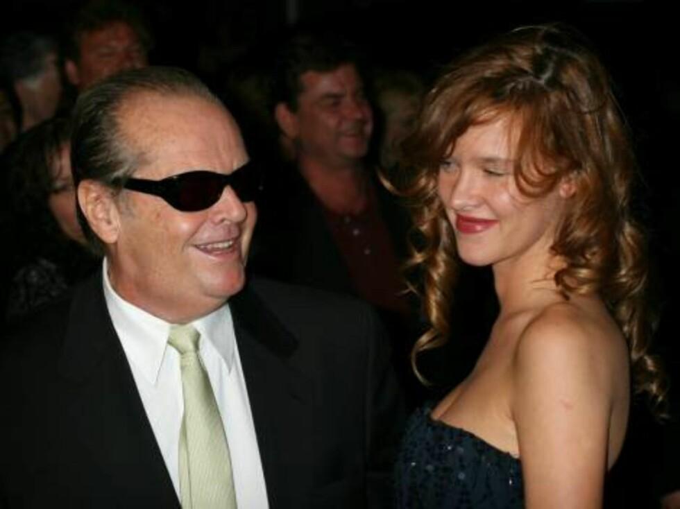 NEW YORK 2006-09-26  Jack Nicholson, Paz de La Huerta at The Departed Premiere held at Ziegfield Theater, New York.  Photo: Colin Knight/jpistudios  Code: 4036  COPYRIGHT STELLA PICTURES Foto: STELLA PICTURES