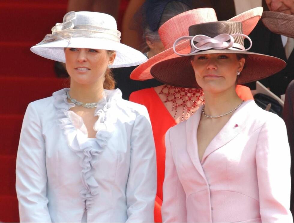 VAKRE: At Madeleine og Victoria er populære, er det ingen tvil om. Nå sirkulerer det falske nakenbilder av de to på nettet. Foto: All Over Press