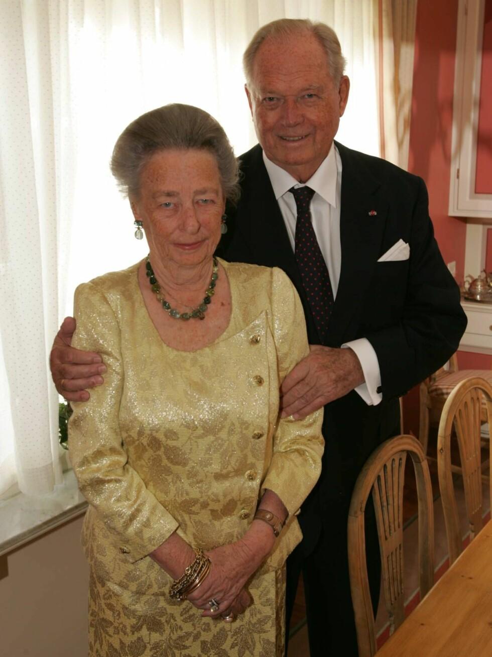 OPPSKAKET: Prinsesse Ragnhild står fortsatt ved sin manns side. Foto: Se og Hør, Tor Kvello