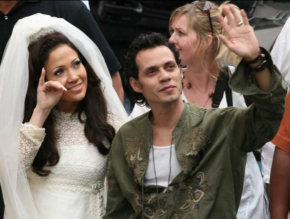 LYKKELIG GIFT: Jennifer spiller mot ektemannen Marc. Det er hans første hovedrolle, og han får masse støtte av kona. Foto: Stella Pictures