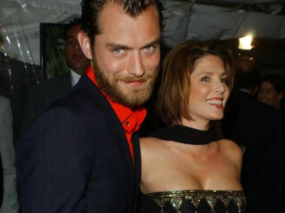 JUDE LAW OG SADIE FROST: Var gift fra 1997 til 2003. Vi husker nesten ikke tiden før Jude traff Sienna Miller og var utro med barnepiken... Foto: All Over Press
