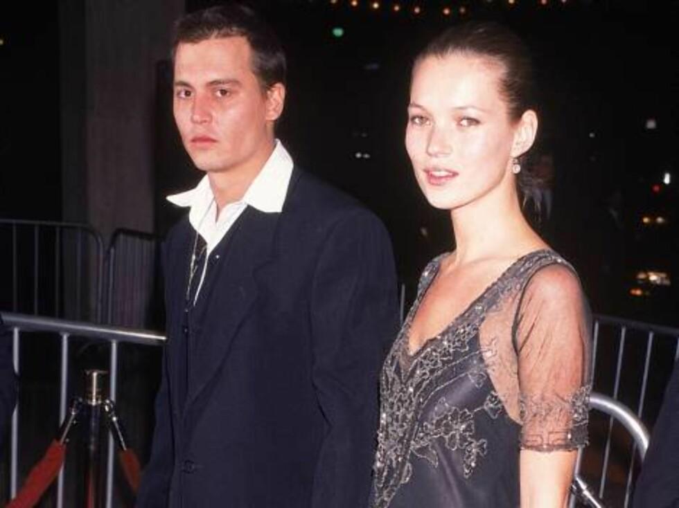 JOHNNY DEPP OG KATE MOSS: Etter å ha vært sammen i tre år ble det slutt mellom skuespilleren og modellen i 1997. Foto: All Over Press