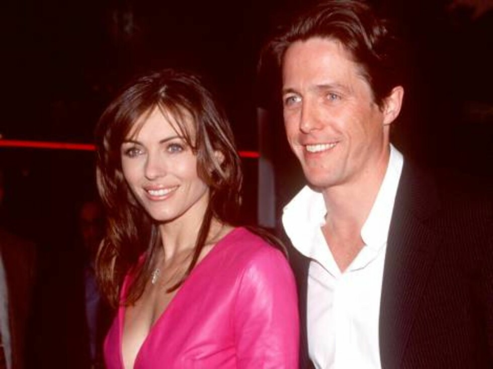 """No 782013 370137 01: FILE PHOTO: Elizabeth Hurley and Hugh Grant attend the premiere of """"Mickey Blue Eyes"""" August 17, 2000 in Westwood, CA. The couple of 13 years have decided to call it quits May 23, 2000. It is reported that the reason for the break up Foto: All Over Press"""