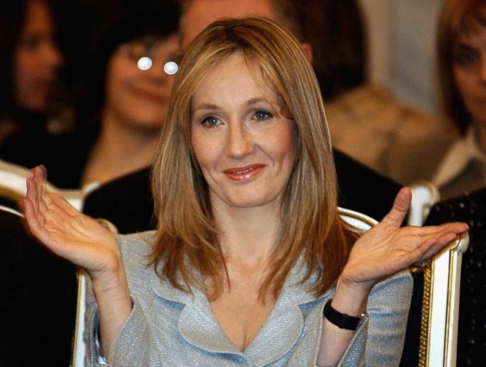 SORRY: J.K Rowling forteller at hun er langt unna slutten på den siste boka om Harry Potter. Foto: AP/Scanpix