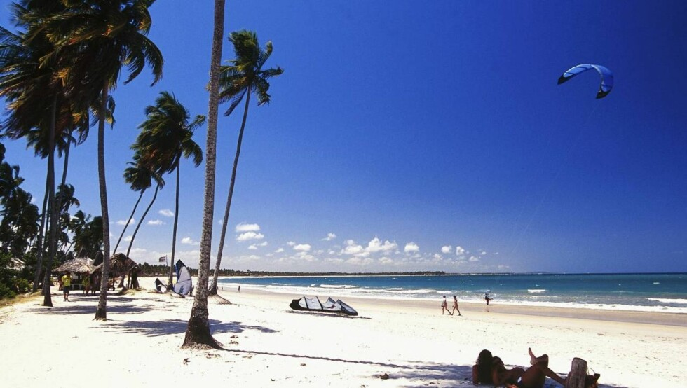 STRANDLIV: Apollo starter charterturer til Porto de Galinhas i Brasil, rett sør før storbyen Recife. Foto: Apollo