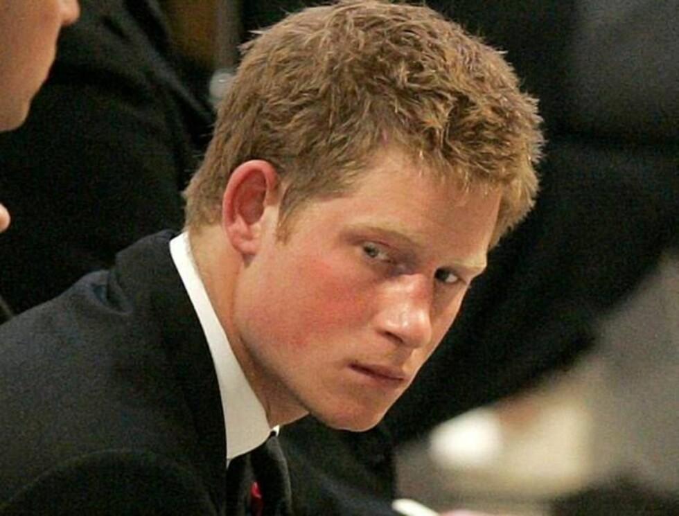 DÅRLIG DAG: Prins Harry likte spøken sin, men setter neppe pris på kjeften som venter nå! Foto: AP/SCANPIX