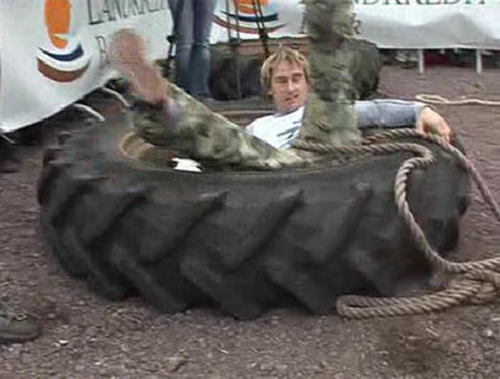 PENSJONIST: Daniel Franck ligger ikke på latsiden etter at tiden på toppen er over. Her på Tufte Farmers Challenge. Foto: Se og Hør TV