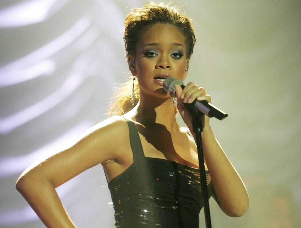 "VANT: Det er ikke lenge siden Rhianna entret hitlistene med ""Pon De Replay"". I går vant hun to priser. Foto: All Over Press"