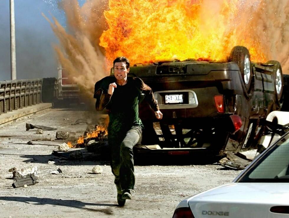 LØP: Tom Cruise er mislikt av en halv verden. Ikke rart han løper. Foto: AP/Scanpix