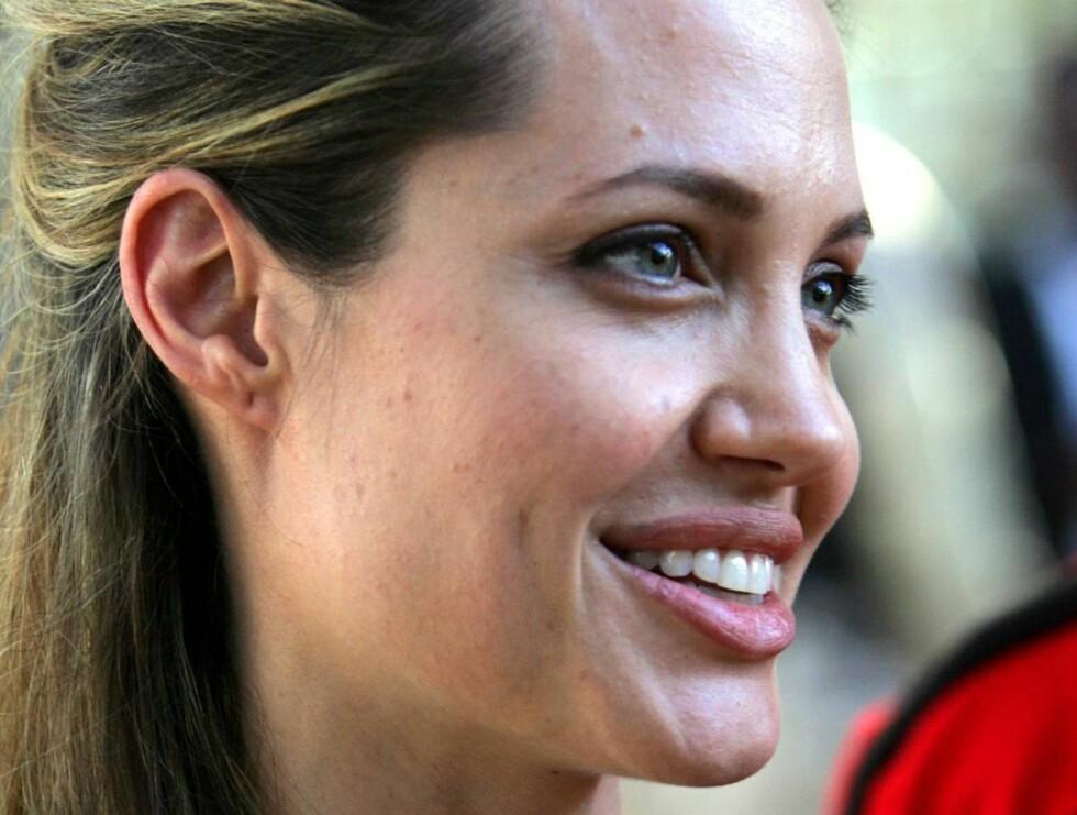 GLEDER SEG: Nå får Angelina rollen hun har drømt om lenge. Foto: AP