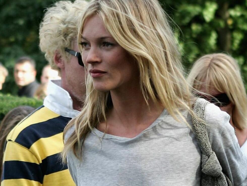 DRA TIL MOSS... Regnskapets time er kommet. Kate Moss tjener mer enn før hun ble tatt med kokain. Foto: All Over Press