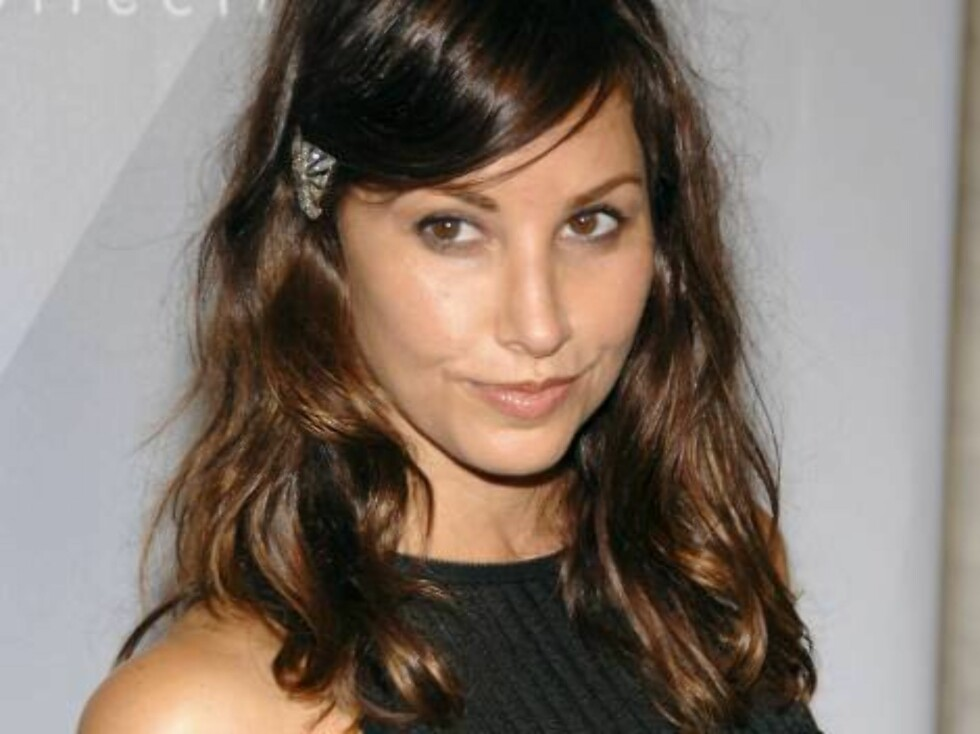 NEW YORK - SEPTEMBER 14: Actress Gina Gershon attends Francisco Costa's Spring 2007 Calvin Klein Collection for Women after party on September 14, 2006 in New York City.  (Photo by Andrew H. Walker/Getty Images) *** Local Caption *** Gina Gershon  * SPECI Foto: All Over Press