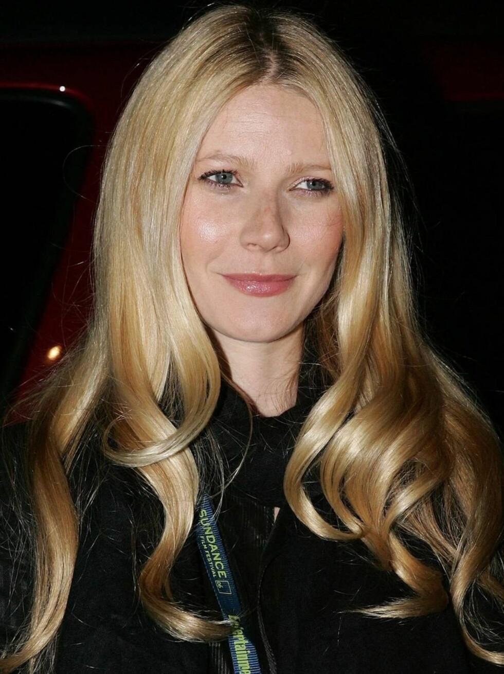 JUKSEBLOND: Gwyneth Paltrow må nok gå oftere til frisøren for å lure oss til å tro at hun er blond. Foto: All Over Press