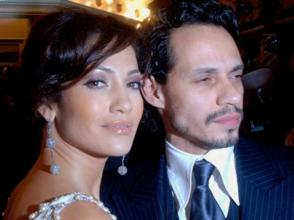 Popstjernen Jennifer Lopez og ektemannen, latinohelten Marc Anthony elsker catwalken. Foto: Stella Pictures