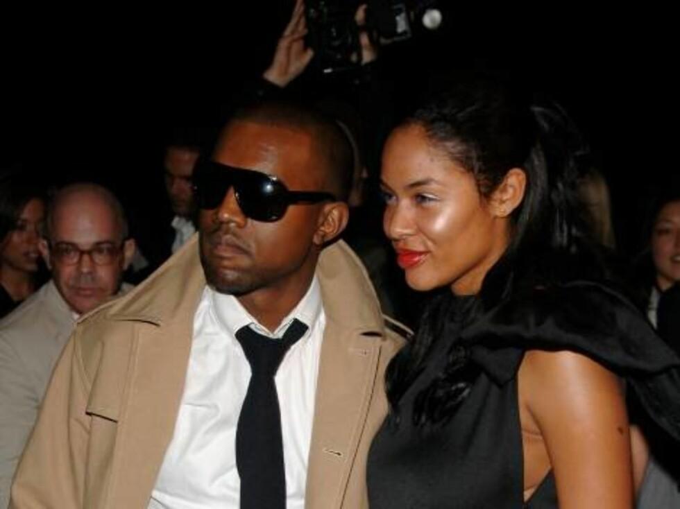 Rapperen Kayne West og hans forlovede Alexis. Foto: All Over Press
