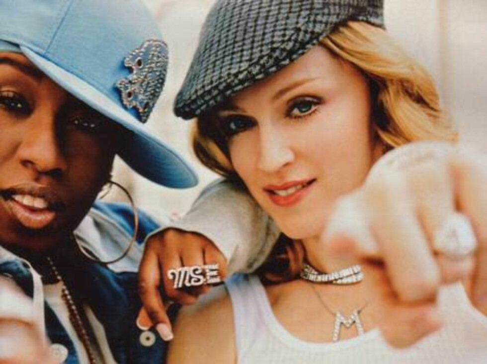 Rapperen Missy Elliott og popstjernen Madonna for den amerikanske kleskjeden GAP. Foto: Gap