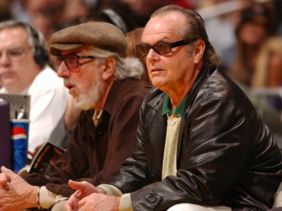 Skuespilleren Jack Nicholson er selvskreven på første rad på samtlige basketball-kamper. Foto: All Over Press