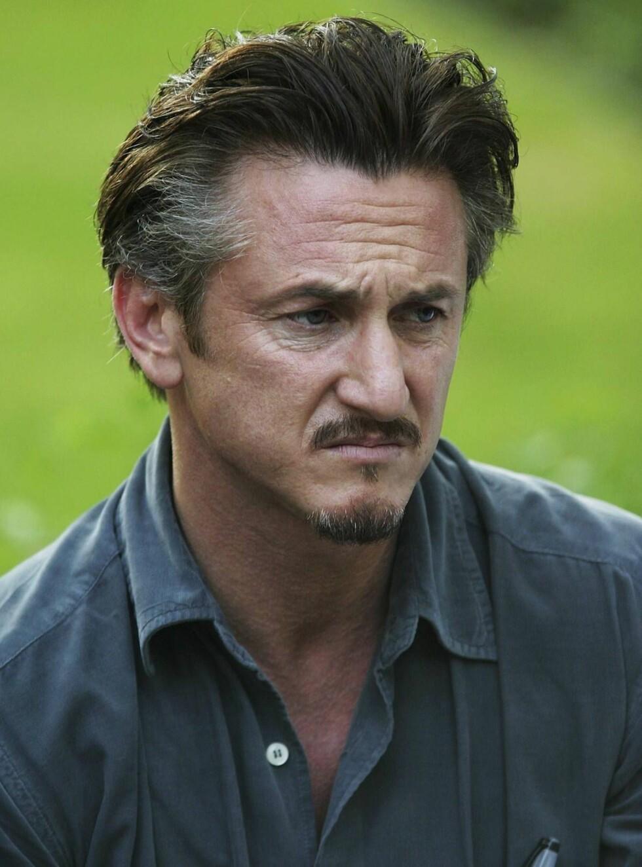 LETTER PÅ SLØRET: Sean Penn snakker for første gang ut om tapet av broren Chris. Foto: All Over Press
