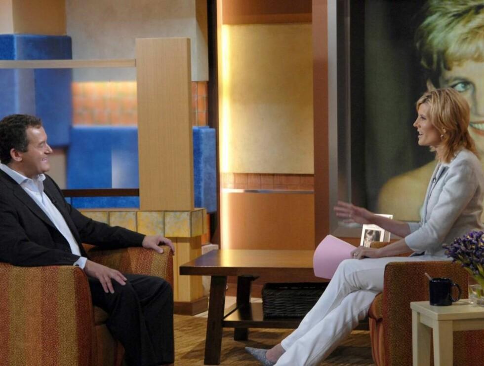 SNAKKER UT: Paul Burrell er opptatt med promoteringen av sin nye bok om prinsesse Diana. Her fra intervjuet med Good Morning America. Foto: All Over Press