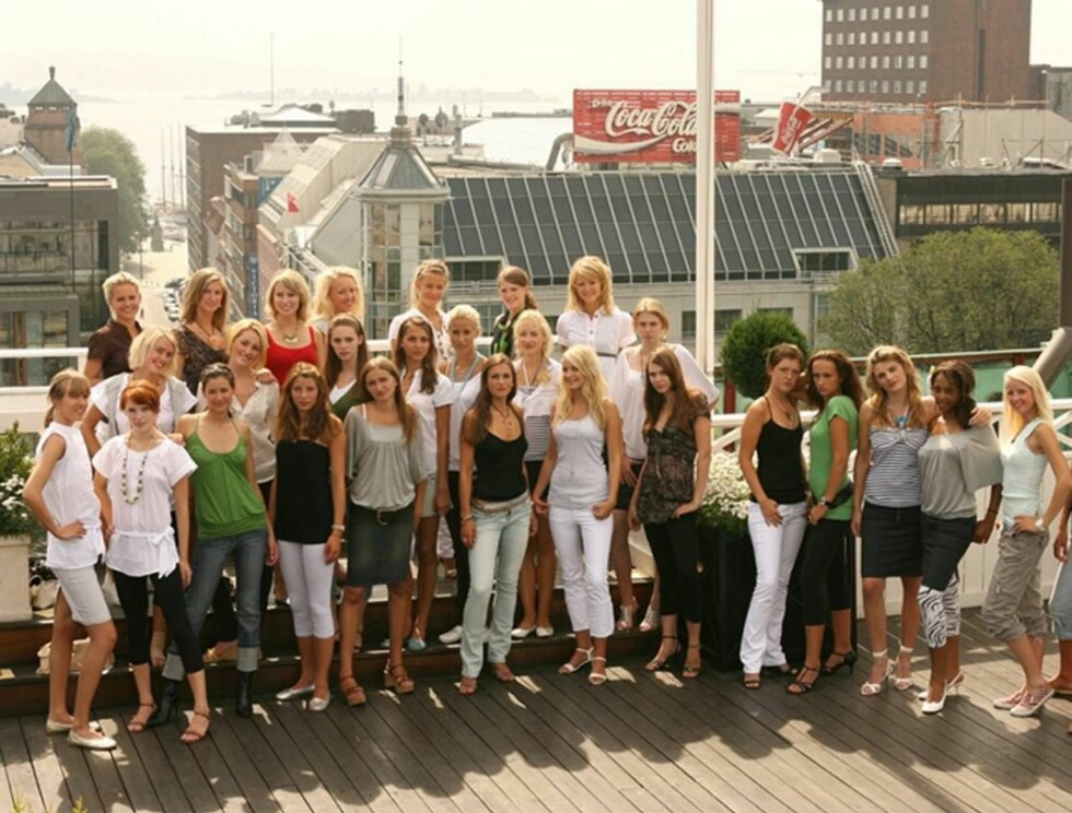 HVEM VINNER? Allerede i første program skal 29 håpefulle modellspirer bli til 12. Foto: TV3