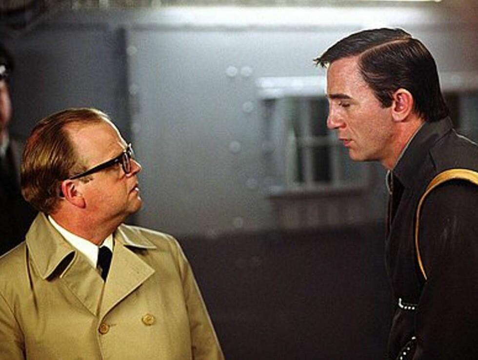 """EROTISK: I """"Infamous"""" blir vi vitne til at Truman Capote og Perry Smith utvikler følelser for hverandre ... Foto: AP/Scanpix"""
