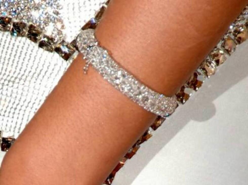 Popstjernen Beyoncés armbånd. Foto: All Over Press