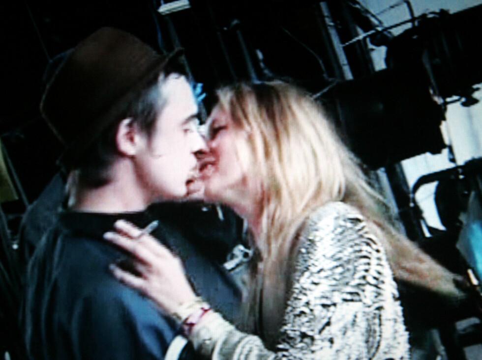 """SAVNER PETE: Kate Moss er kjent for sitt av og på-forhold til rocker Pete Doherty. Nå har Lindsay gitt henne noe å trøste seg med på alenekveldene... Bildet er fra dokumentarfilmen """"Who the f**k is Pete Doherty"""". Foto: Stella Pictures"""