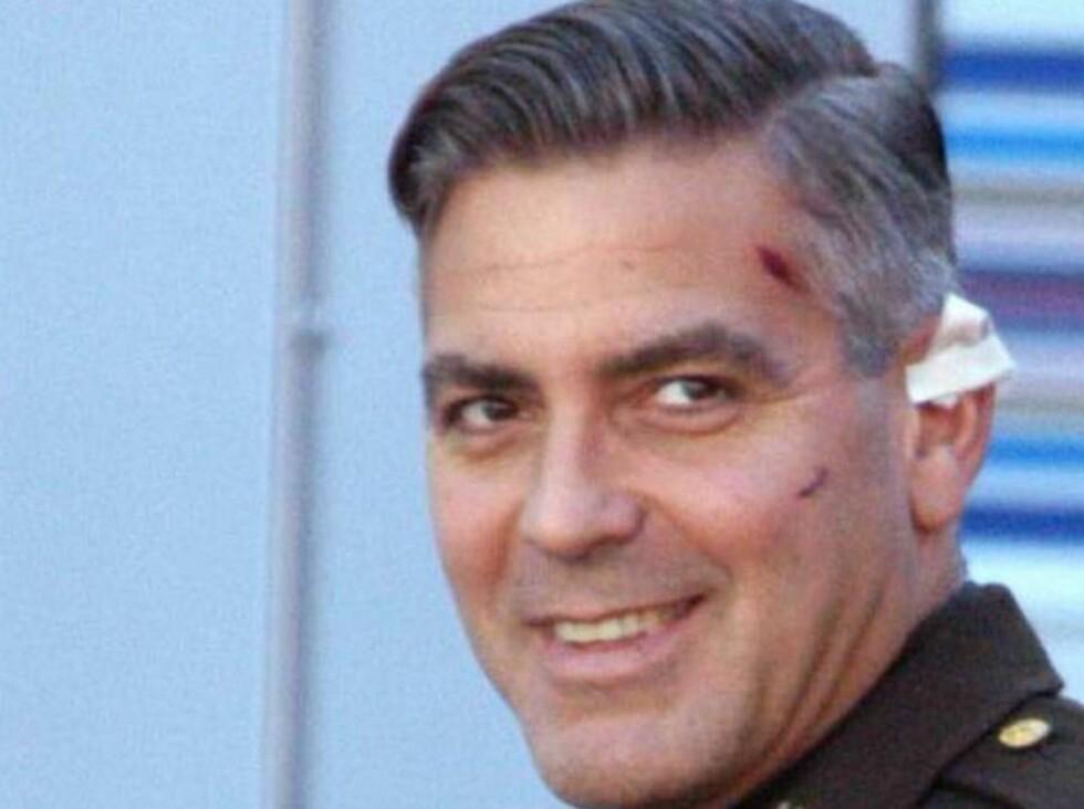 EKSENTRISK: George Clooney har mange rare valg bak seg. Nå har han bestilt kokong-kisten! Foto: All Over Press