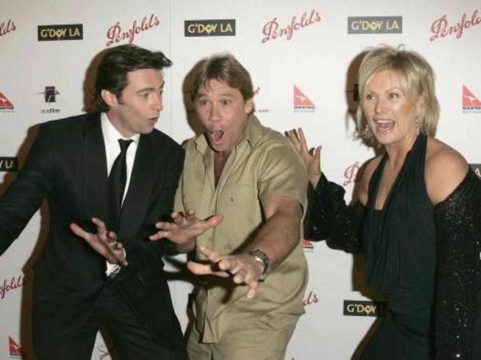 Steve var kjent for å spre sin entusiasme. Her med skuespillerne Hugh Jackman og Deborra-Lee Furness.  Foto: All Over Press