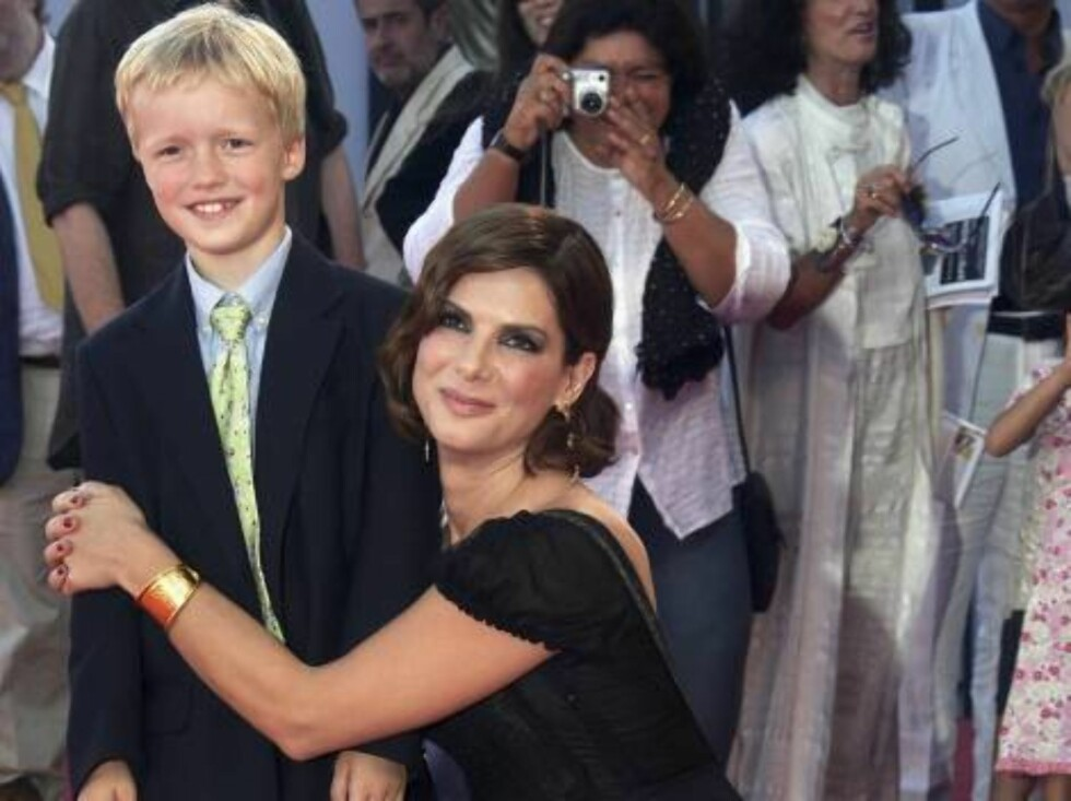 VENICE, ITALY - AUGUST 31:  Henry McGrath, son of director Douglas McGrath and actress Sandra Bullock arrive the 'Infamous' premiere on the second day of the 63rd Venice Film Festival on August 31, 2006 in Venice, Italy.  (Photo by Pascal Le Segretain/Get Foto: All Over Press