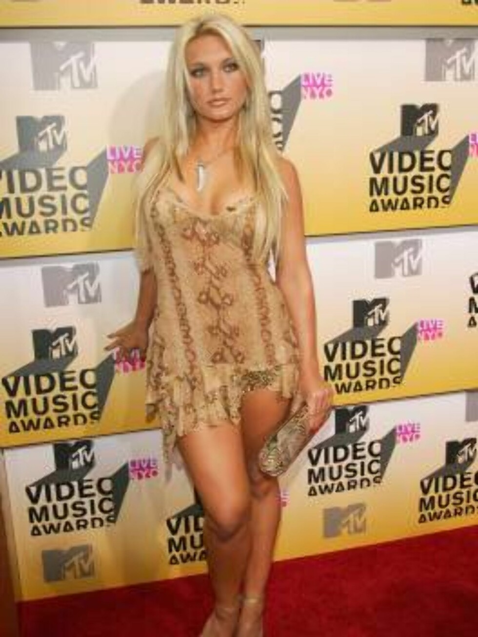 NEW YORK - AUGUST 31:  Singer Brooke Hogan attends the 2006 MTV Video Music Awards at Radio City Music Hall August 31, 2006 in New York City.  (Photo by Evan Agostini/Getty Images) *** Local Caption *** Brooke Hogan  * SPECIAL INSTRUCTIONS:  * *OBJECT NAM Foto: All Over Press