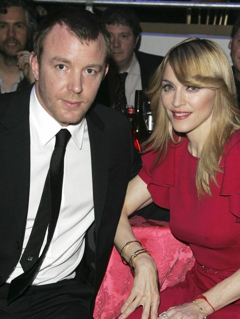 HJEMMEFAR: Madonna er for tiden ute på turné. Guy har ikke jobbet med film siden i fjor. Foto: All Over Press