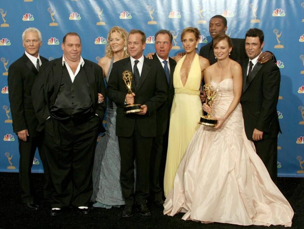 NATTENS VINNERE: Gjengen fra 24 feiret nattens Emmy-priser. Foto: All Over Press