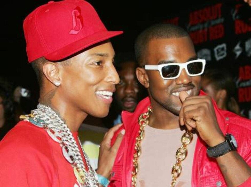 NEW YORK - AUGUST 30:  Hip-hop artists Pharrell Williams and Kanye West arrive at the Pharrell Williams & Absolut Ruby Red Pre-VMA Bash at Chinatown Brasserie August 30, 2006 in New York City.  (Photo by Evan Agostini/Getty Images) *** Local Caption *** P Foto: All Over Press