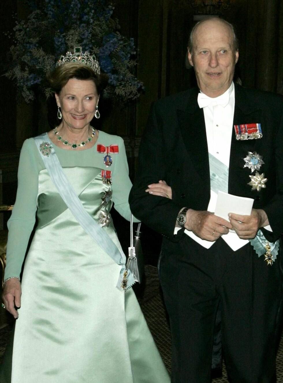 VERTSKAP: Kong Harald og dronning Sonja ønsker tirsdag Bulgarias president og frue velkommen til Norge. Foto: All Over Press