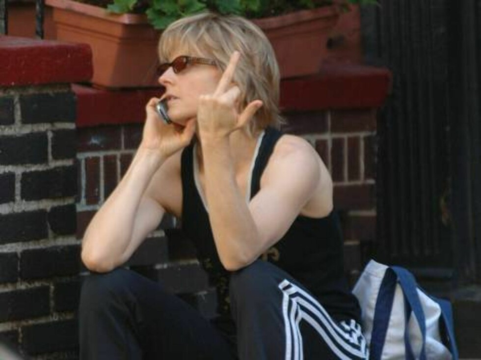 Jodie Foster talking on her cellphone in the West Village New York City.  Picture by Splash News Ref: RANY 090806 A   Splash News and Pictures Los Angeles:	310-821-2666 New York:	212-619-2666 London:	207-107-2666 ph Foto: All Over Press